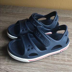 Crocs toddler size 7 blue